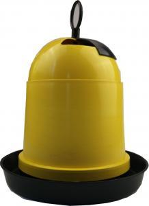 Baromfi önetető műanyag 4L
