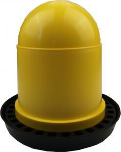 Baromfi önitató műanyag 4L
